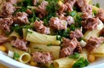 diyet ton balıklı makarna salatası