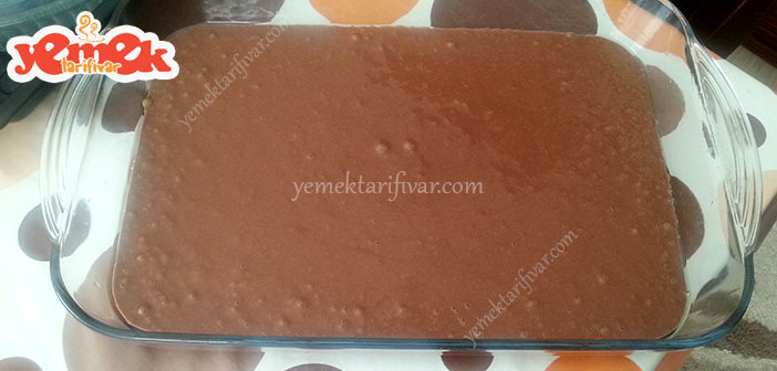 kolay-islak-kek-tarifi Islak Kek Tarifi Nasıl Yapılır