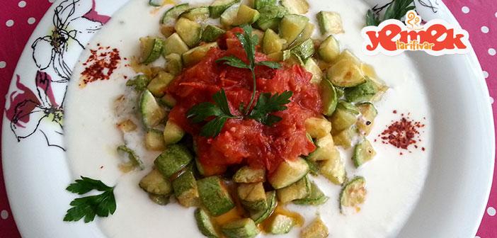 domates-soslu-kabak-kızartması Domates Soslu Kabak Kızartması Tarifi