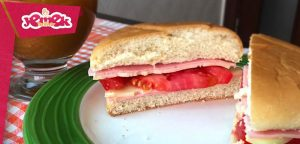1 dakikada kolay sandviç tarifi